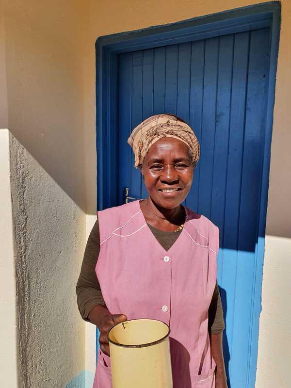 Eugenia uit Zimbabwe kreeg onlangs de sleutels van haar HomePlan huis