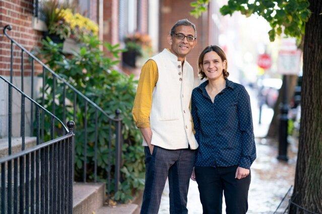 MIT Economen Esther Duflo en Abhijit Banerjee - Foto: Brynce Vickmark